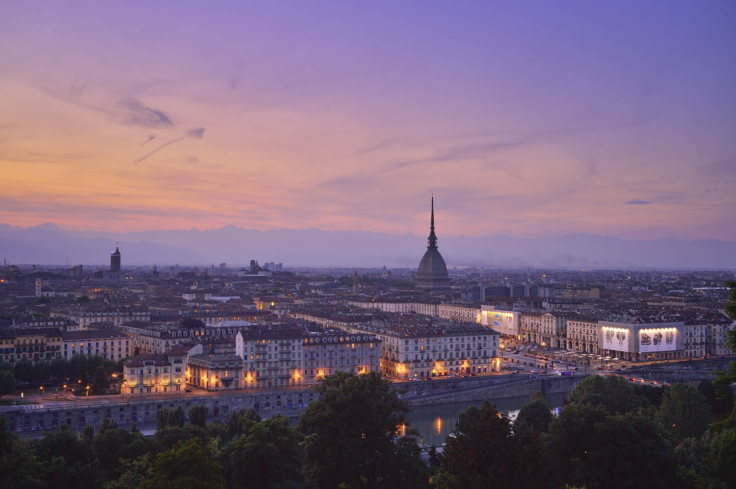 Booking.com Turin Guide
